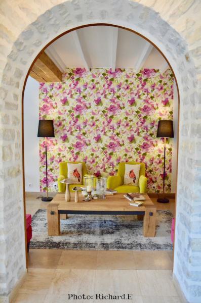 Arche pierre coin salon couleur hannah elizabeth interior design