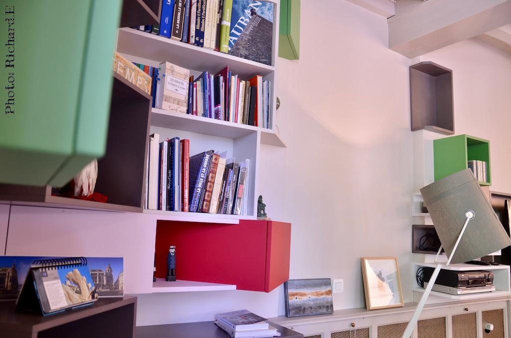 Bibliotheque caisson sur mesure rouge gris vert hannah elizabeth interior design