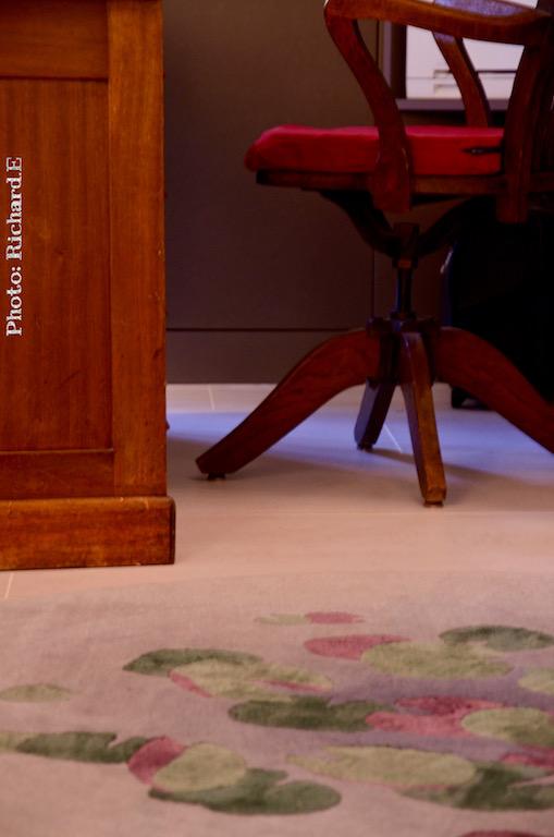 Chaise bureau retro lilypondtapis desidre dyson hannah elizabeth interior design