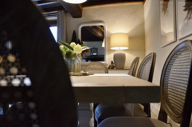 Chaise canne hannah elizabeth interior design