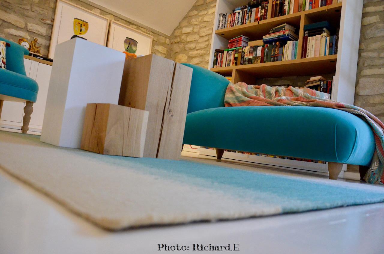 Chaise longue cube bois tableau hannah elizabeth interior design