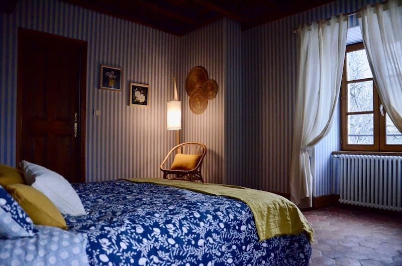 Chambre bleu et tomettes hannah elizabeth interior design