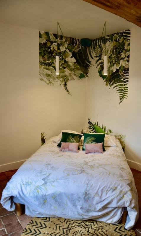 Chambre jungle romantique rose vert blanc hannah elizabeth interior design