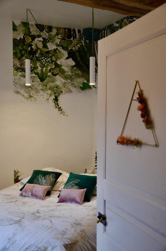 Chambre jungle rose vert papier panoramique hannah elizabeth interior design