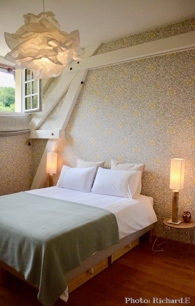 Chambre nuage bois flotte oiseau hannah elizabeth interior design
