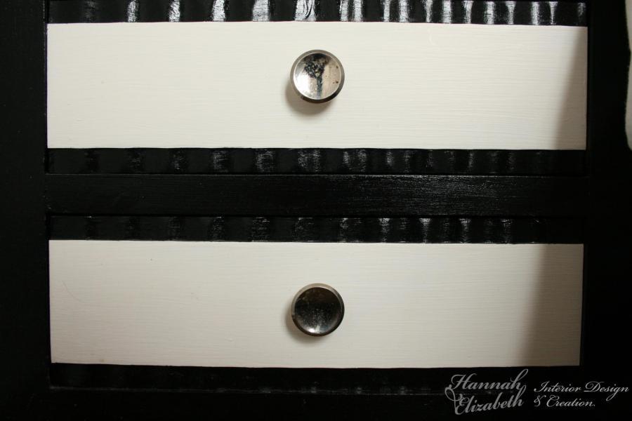 Chevet noir et blanc