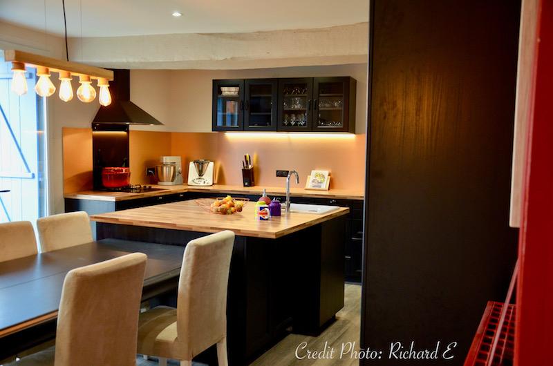 Cuisine cuivre noir classique hannah elizabeth interior design