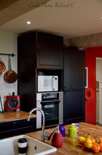 Cuisine noir rouge bois hannah elizabeth interior design