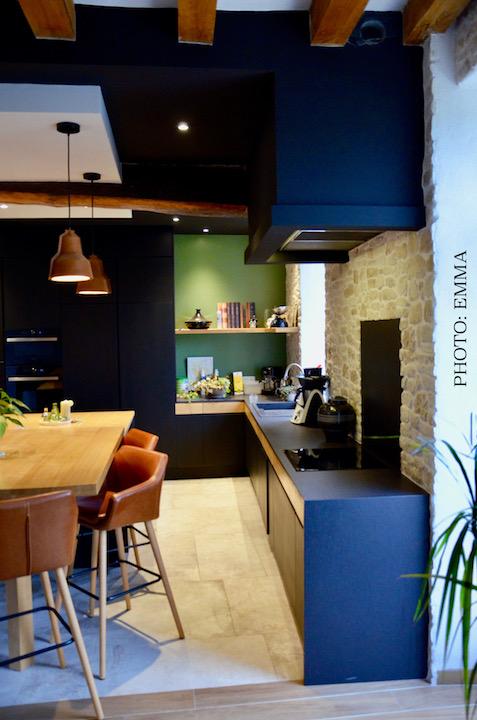 Cuisine pierre chene noir parquet hannah elizabeth interior design