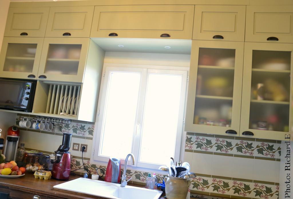 Cuisine sur mesure vert tilleul rangements hannah elizabeth interior design