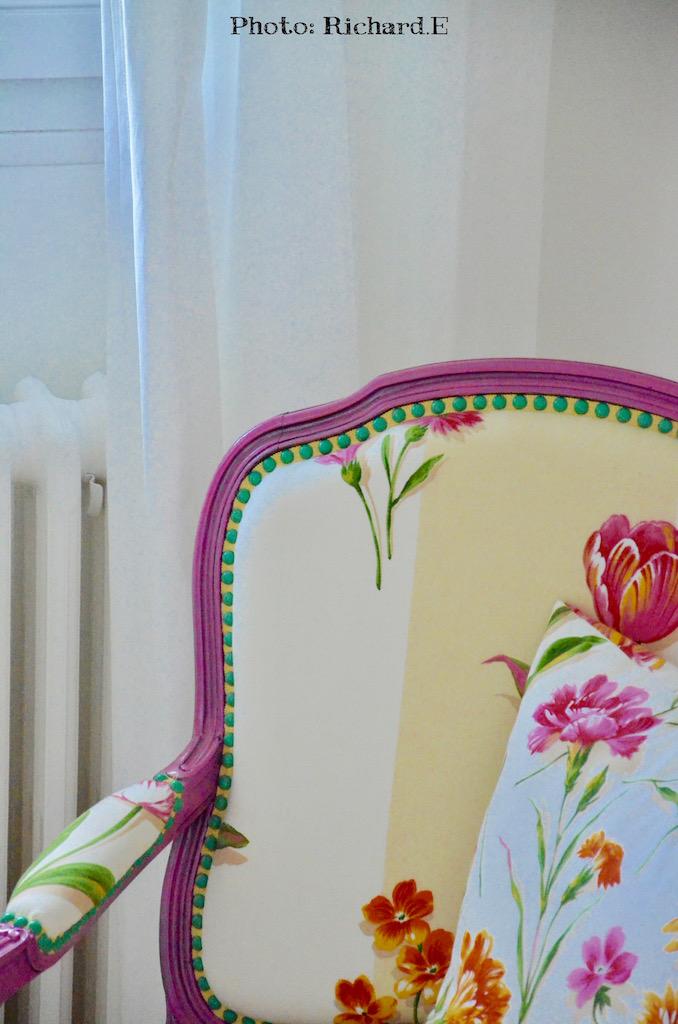 Fauteuil rose rideaux blanc hannah elizabeth interior design