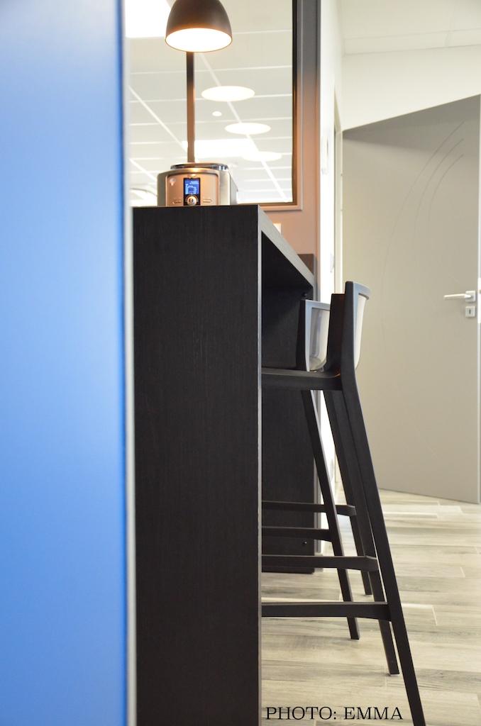 Gan assurance bar chaise bar hannah elizabeth interior design