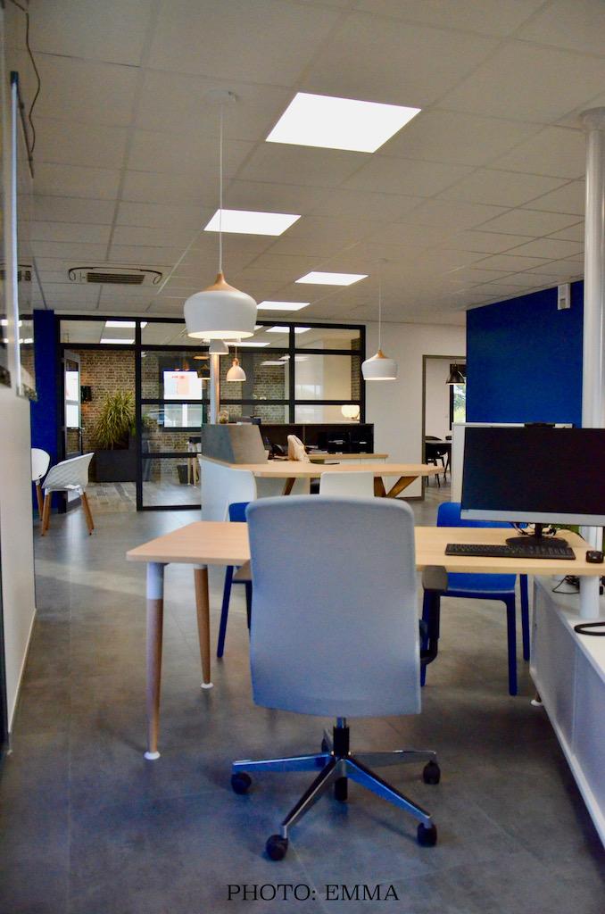 Gan assurances chatillon bureaux blanc accueil hannah elizabeth interior design