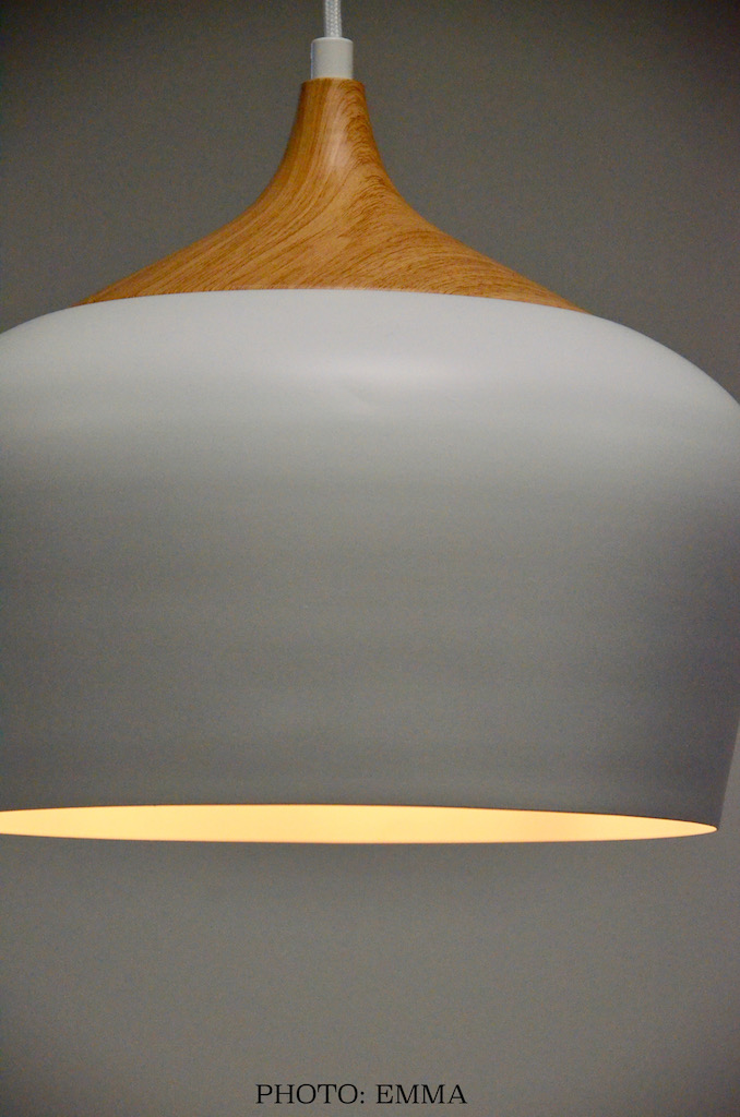 Gan aussrances chatillon luminaire blanc bois hannah elizabeth interior design