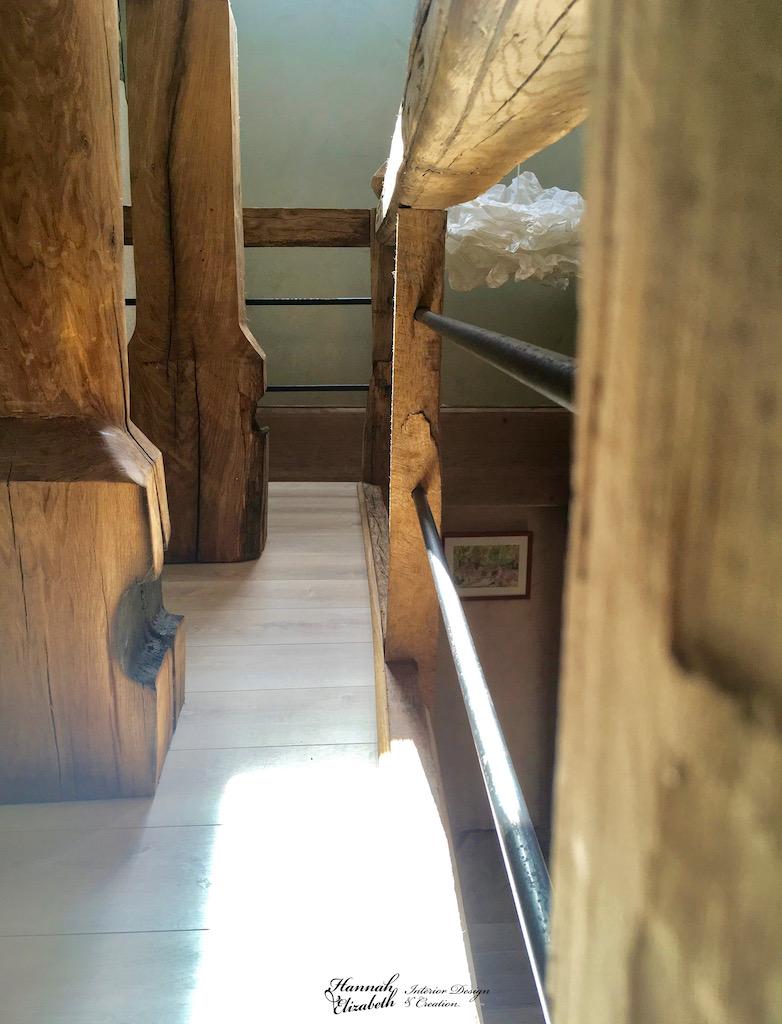 Garde corp bois ancien metal totem hannah elizabeth interior design