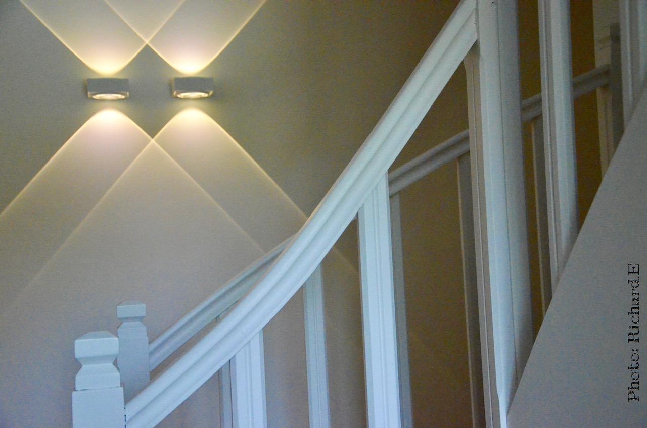 Garde corp escalier blanc delta light hannah elizabeth interior design