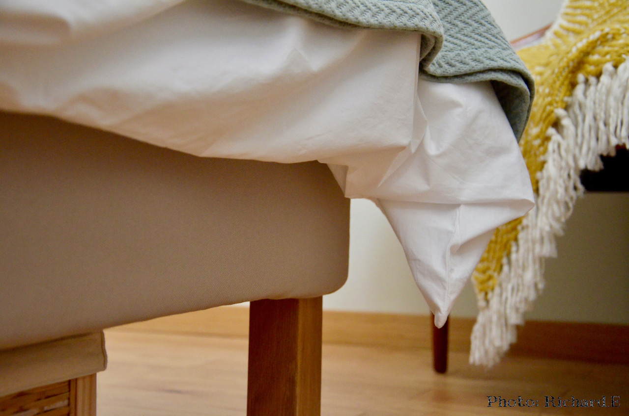 Lit plaid canape plaid jaune canape ancien hannah elizabeth interior design