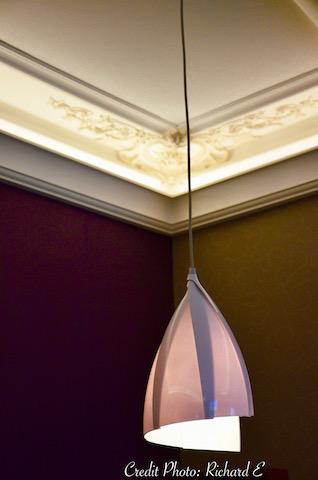 Luminaire suspension blanche petale hannah elizabeth interior design
