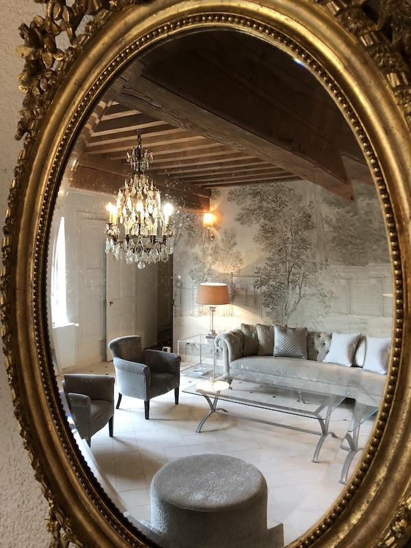 Lustre pampilles miroir or pierre hannah elizabeth interior design