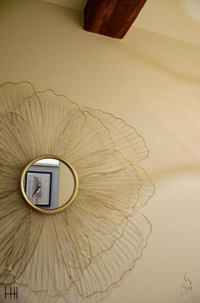 Miroir fleur metal reflet oiseau hannah elizabeth interior design