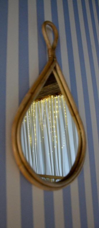 Miroir goutte papier bleu rayre hannah elizabeth interior design