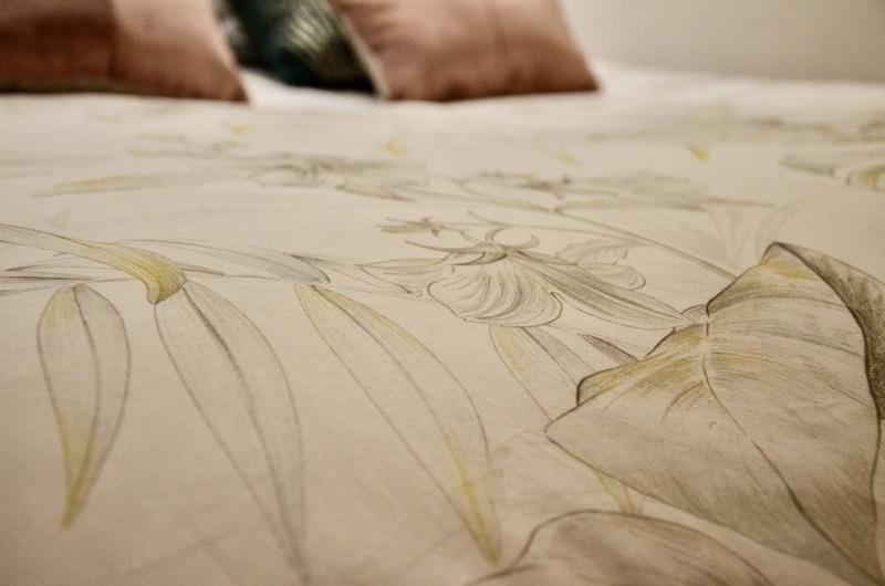 Parure lit floral hannah elizabeth interior design