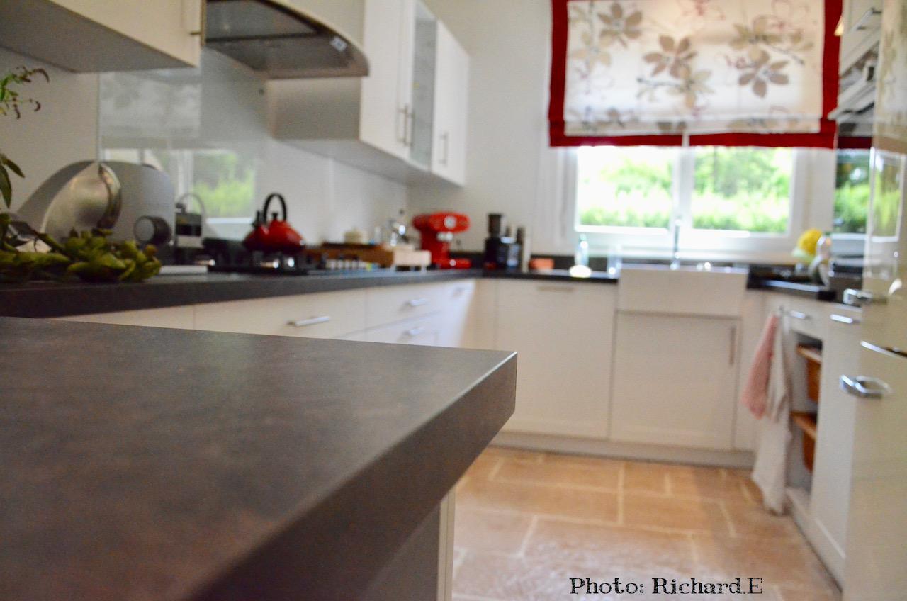 Plan travail anthracite cuisine blanc hannah elizabeth interior design