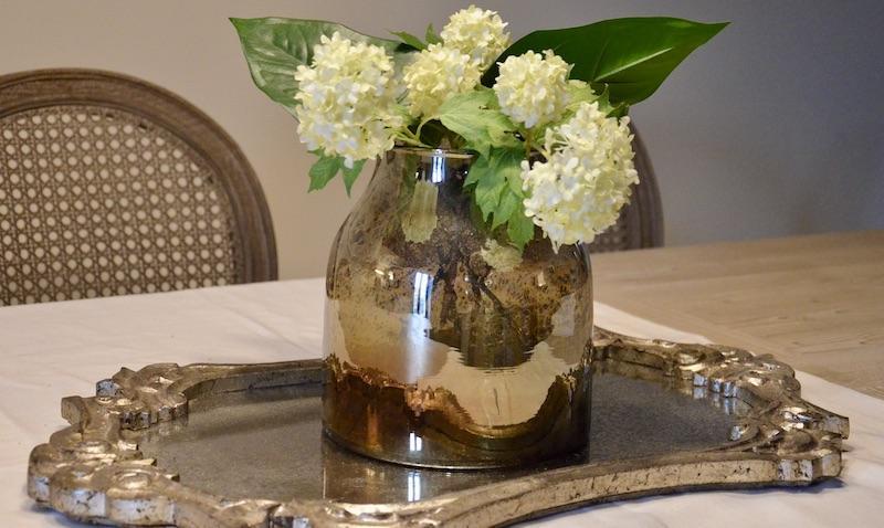 Plateau miroir centre table hannah elizabeth interior design