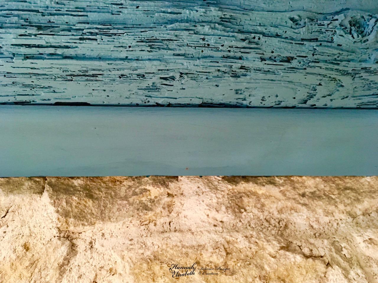 Poutre bleu mur pierre hannah elizabeth interior design