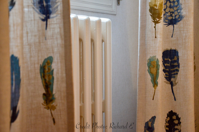 Rideaux plumes radiateur fonte hotel hannah elizabeth interior design