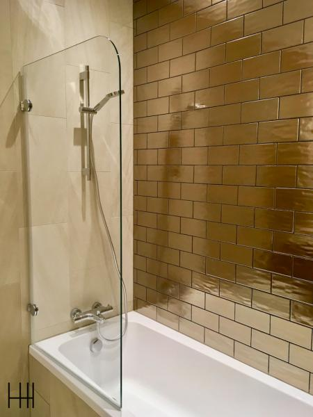 Salle de bain bronze