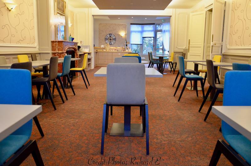 Salle de petit dejeuner baie vitree hannah elizabeth interior design