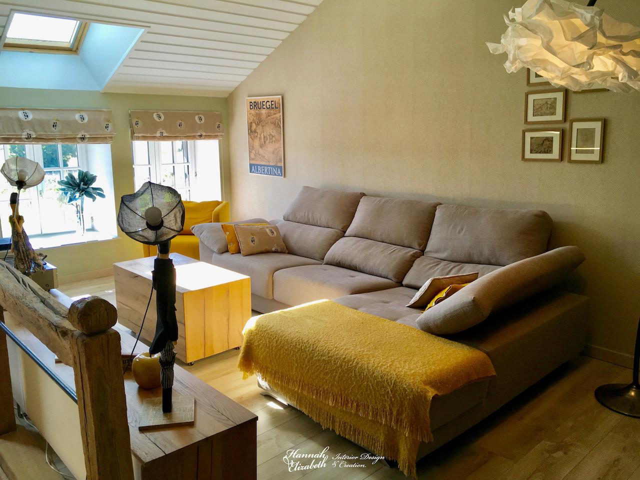 Salon jaune bois lumineuse hannah elizabeth interior design