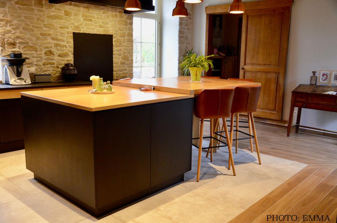 Sol pierre parquet ilot centrale cuisine contemporain noir hannah elizabeth interior design