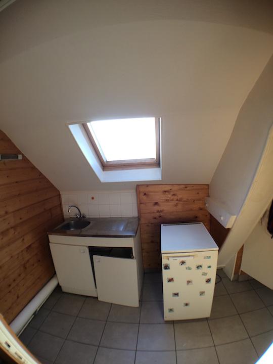 Studio appartement avant travaux cuisine